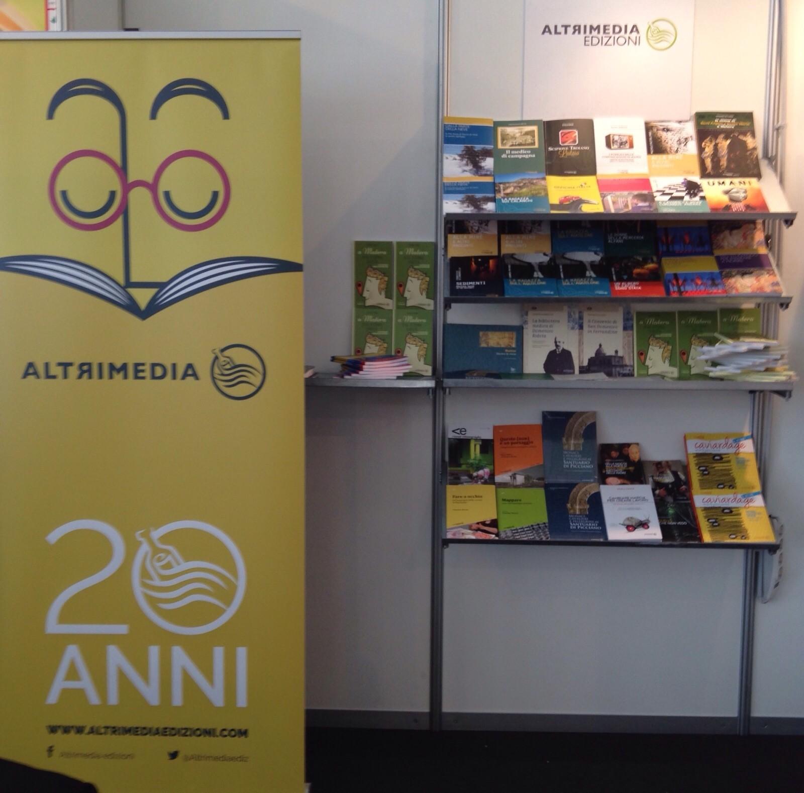 Report Istat 2016 su produzione e lettura dei libri in Italia: pochi  lettori, molti scrittori