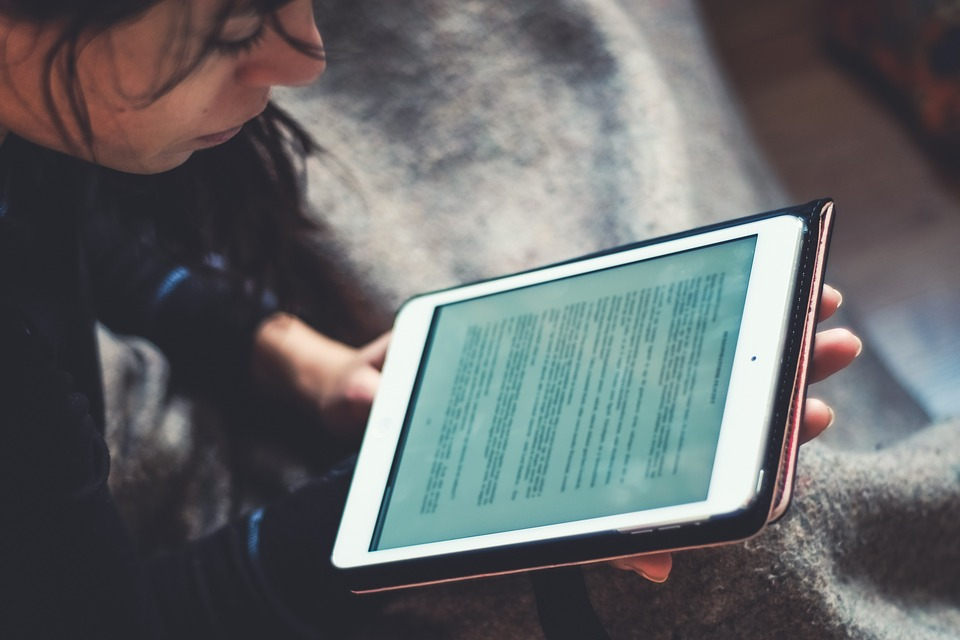 Nuovi titoli in versione ebook: letture per evadere e per riflettere