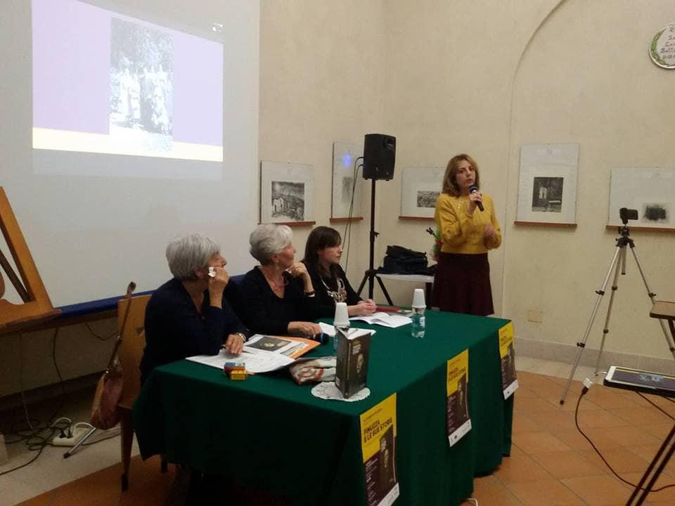 """""""Finuzza e le sue storie"""": bagno di folla per la presentazione a Matera del libro di Marinella Battiafarano"""