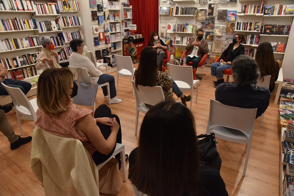 """Nella libreria Ubik di Taranto presentato """"Fringuella"""""""